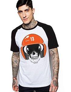 Camiseta Raglan King33 Skull 13 - Nerd e Geek - Presentes Criativos