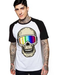 Camiseta Raglan King33 Skull 3D - Nerd e Geek - Presentes Criativos