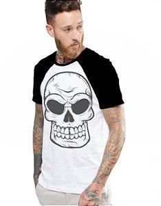 Camiseta Raglan King33 Skull Evil 1 - Nerd e Geek - Presentes Criativos