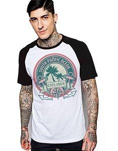 Camiseta Raglan King33 South Pacific Ocean - Nerd e Geek - Presentes Criativos