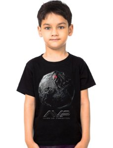 Camiseta Infantil Alien vs Predador - Nerd e Geek - Presentes Criativos