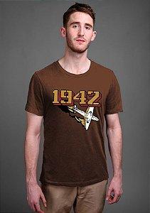 Camiseta Masculina 1942 Retro  - Nerd e Geek - Presentes Criativos