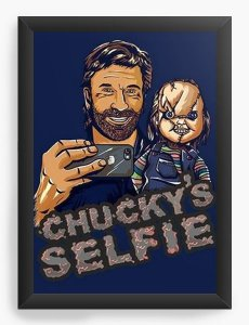 Quadro Decorativo A4 (33X24) Chucky Selfie - Nerd e Geek - Presentes Criativos