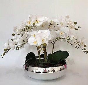 Arranjo Com 4 Orquídeas Real Toque Folhagens e Vaso prata 28cm