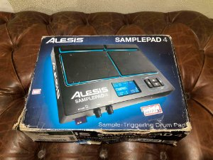 Módulo de Bateria Eletrônica Alesis Samplepad 4 Usado