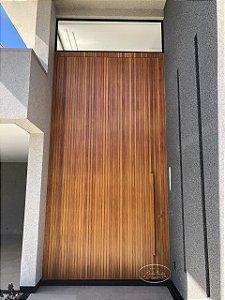 Porta Maciça Ripada na vertical