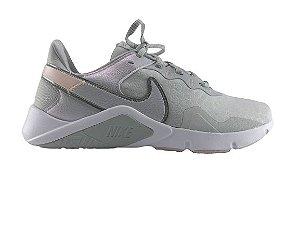 Tenis Feminino Nike Legend Essential 2 Cinza