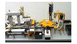 Sistema Didático para Treinamento em Manufatura Integrada por Computador
