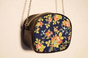 Bolsa mini quadrada Floral Marinho