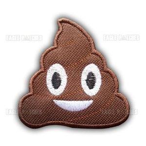 PATCH BORDADO COM VELCRO POO