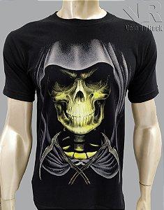 Camiseta Caveira Capuz Preta