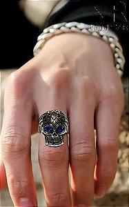 Anel de Caveira Pedra Azul em Aço