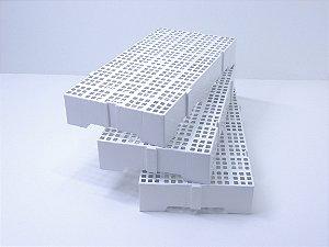 Estrado modelo 82 Branco. [Polipropileno]