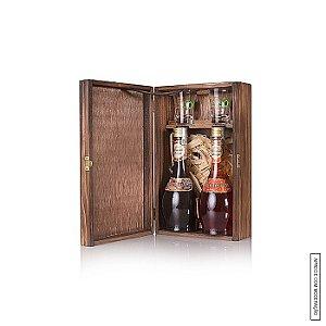 Kit Presente Harmonie Schnaps com 2 Licores Finos de 375ml em Estojo de Madeira e 2 Copos