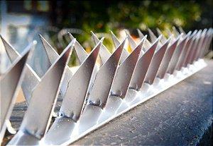 Lança muro mandíbula perfurante e cortante 8cm galvanizada 1 MT