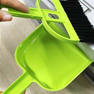 Kit Micro Vassoura e Pá Acoplável