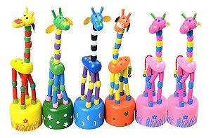 Girafinha Articulada de Madeira Brinquedo Decoração