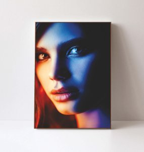 Quadro em Canvas Mulher Delicada 2