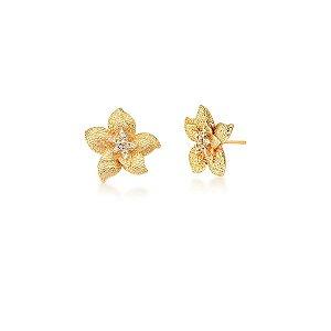 Brinco Dourado Flor Trabalhado com Zircônias