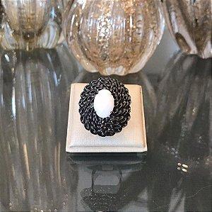 Anel Ródio Negro Torcido com Pedra Natural