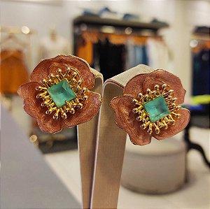 Brinco Dourado Rosê Flor Esmaltada com Cristal