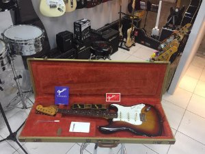 Fender Made In Japan '62 Reissue Stratocaster