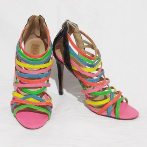 Sandália de Tiras Schultz Multicolor | Tamanho 34