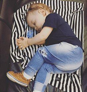 Capa Multifuncional para Mamãe e Bebê Listrada Branco e Cinza - Penka Cover