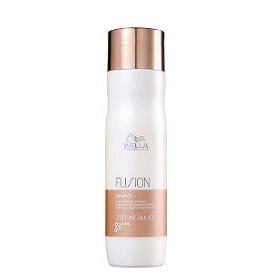 Wella Professionals Fusion Shampoo 250ml