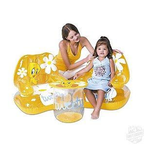 Conjunto de Cadeiras e Mesa Infláveis Tweety! Piu Piu Infantil Bestway