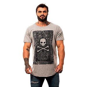 Camiseta Longline Masculina MXD Conceito Limitada Skull And Bone Roses Manuscrito Antigo