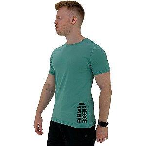 Camiseta Tradicional Masculina MXD Conceito Estampa Lateral Esmaga que Cresce Vertical