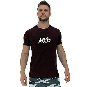 Camiseta Diferenciada Masculina KM MXD Conceito Bordo Escuro Pincelado