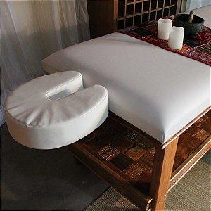 Maca para Massagem Multifuncional Multiforma, com suporte para o rosto e papeleira em madeira Peroba Demolição..