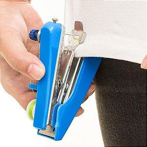 Mini Maquina De Costura Manual Portátil De Mão Uso Residencial