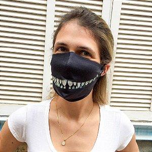 Máscara De Tecido Lavável Cheshire Sorriso