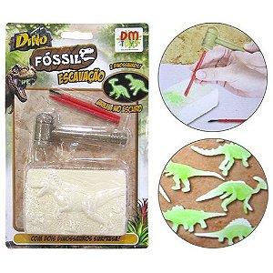 Brinquedo Dino Fossil Escavacao Com 2 Dinossauros Surpresa