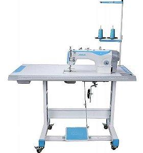 Máquina de Costura industrial Jack F4 montada.