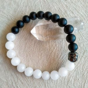 Pulseira Jade Branca 8mm e Ônix Negro Matte, Cabeça de Buda em Hematita(YIN-YANG)