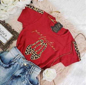 T-Shirt Sapatinho Vermelha