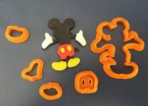 Cortador Silhueta Mickey de Costas (5 cm)