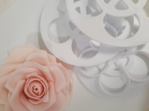 Cortador de Flores rosas 6 pçs
