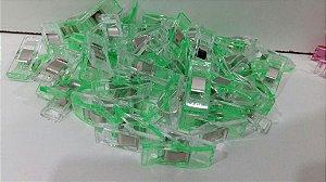 Clips para prender tecido Verde (Pct com 10)
