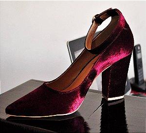 Sapato Scarpin Veludo Vinho