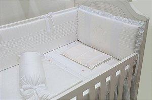 Kit Berço - Cabeceira bordado guirlanda branco