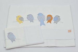 Jogo de Lençol Bordado - Pássaro no fio azul