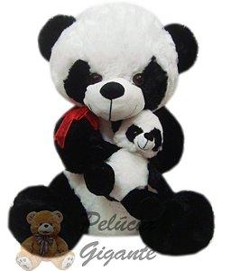 Urso panda com filhote