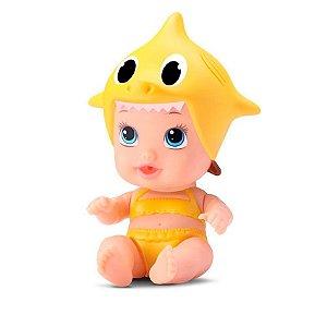 Boneca Little Dolls Tubarãozinho Amarelo Roupão Divertoys