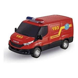 Carrinho Resgate Infantil c/ Acessórios Iveco Daily Usual