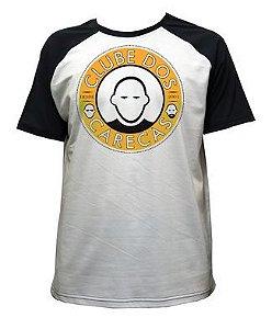 Camiseta Branca Mangas Pretas Clube dos Carecas